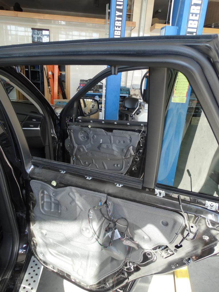 BMW E70 двери